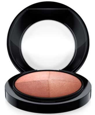 MAC Mineralize Skinfinish Highlighter Powder