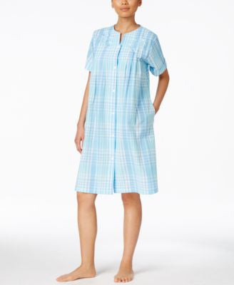 Miss Elaine Short Plaid Robe