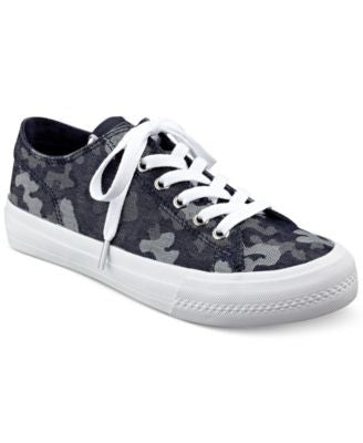 GUESS Women's Gelise Lace-Up Sneakers