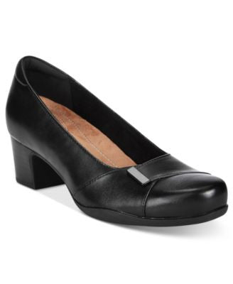 Clarks Artisan Women's Rosalyn Belle Pumps