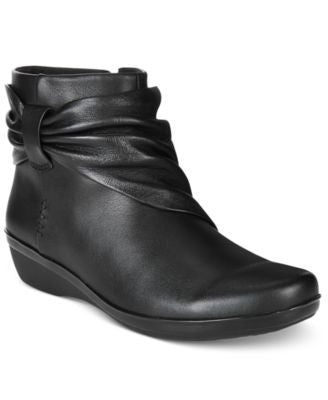 Clarks Collections Women's Everlay Mandy Booties