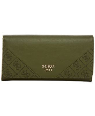 GUESS Cammie Large Flap Organizer Wallet