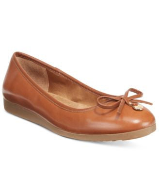 Giani Bernini Odeysa Memory Foam Ballet Flats, Only at Vogily