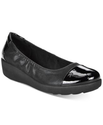 Easy Spirit Kable Flats