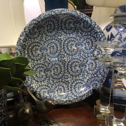 BLUE & WHITE SWIRL PLATE WITH STAND