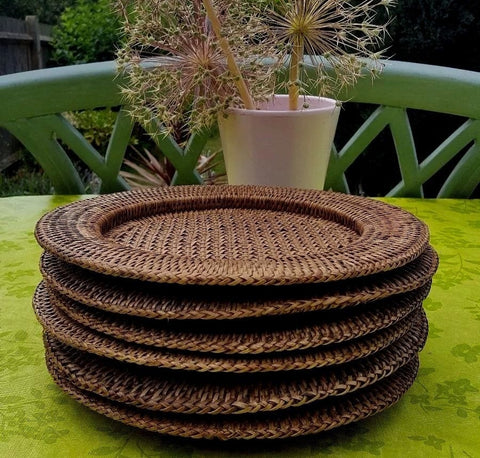 RATTAN ROUND CHARGER// REGISTERED FOR 8