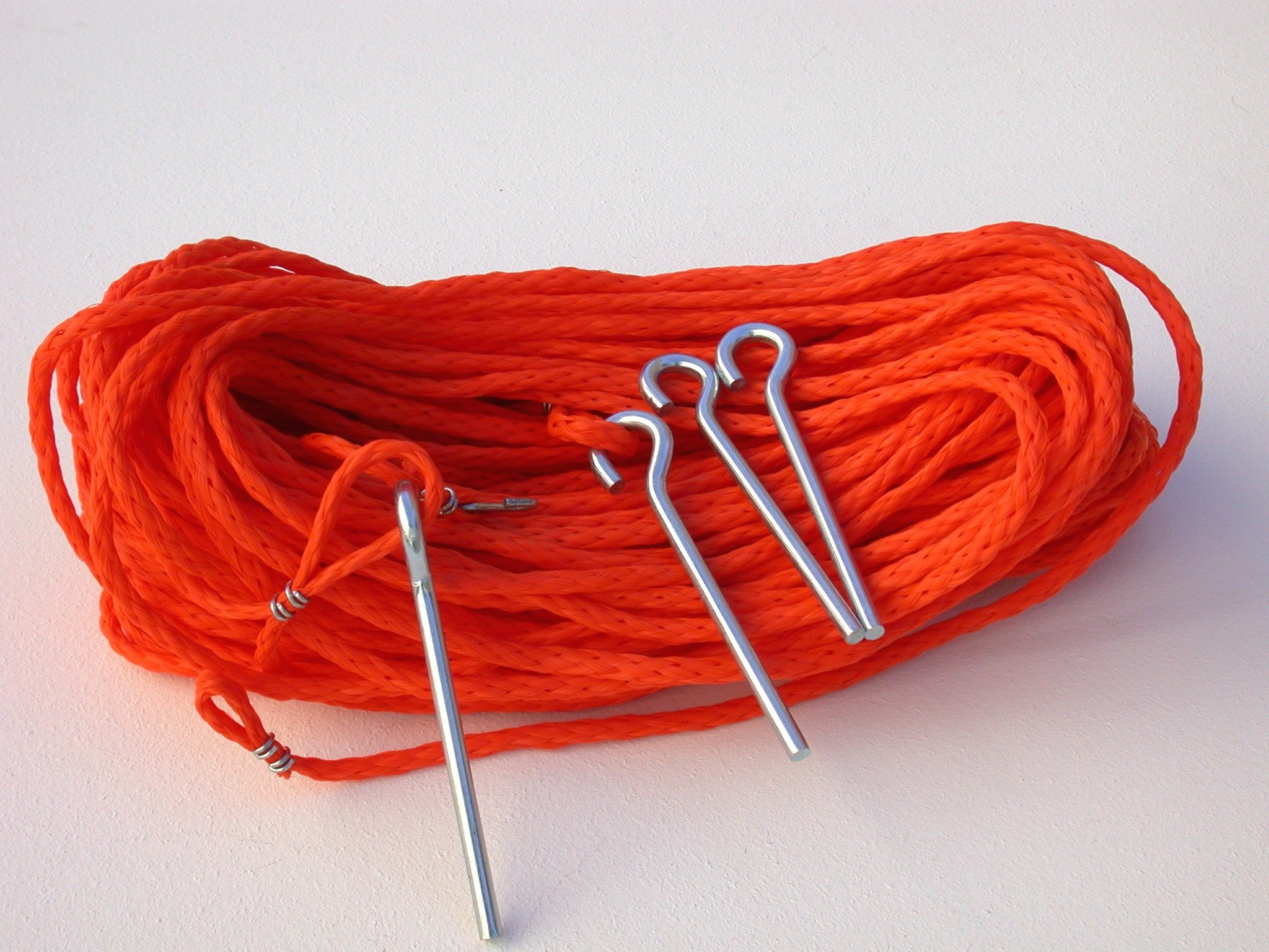 M25OG-orange 1/4-inch rope non-adjustable boundary + grass pegs