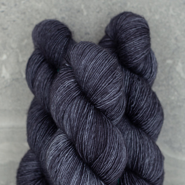 Tosh Merino Light | Dirty Panther