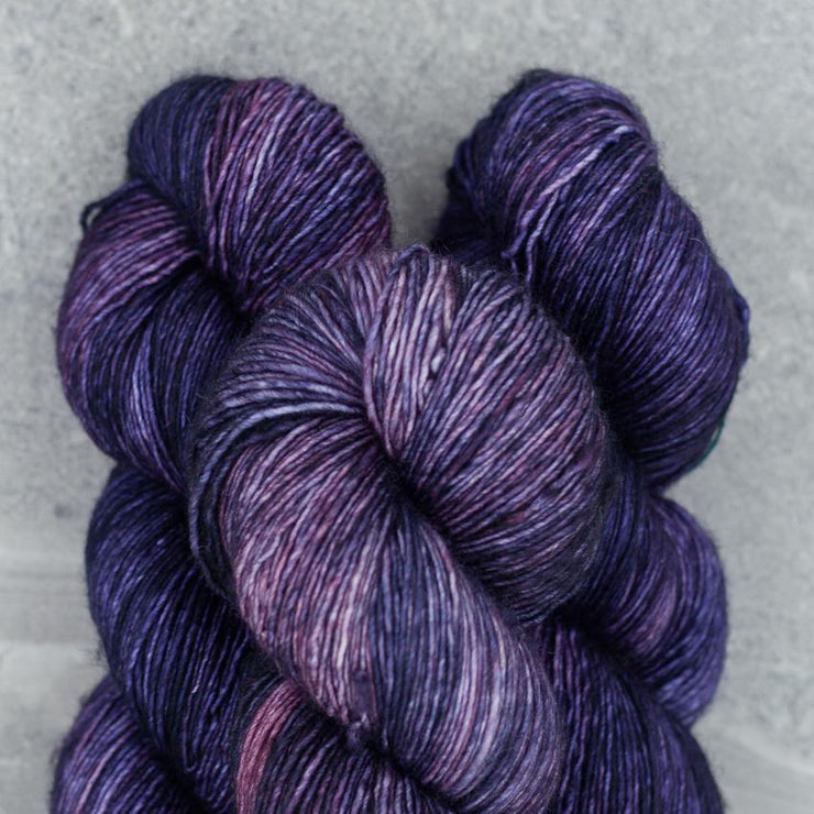 Tosh Merino Light | Eleven Dark
