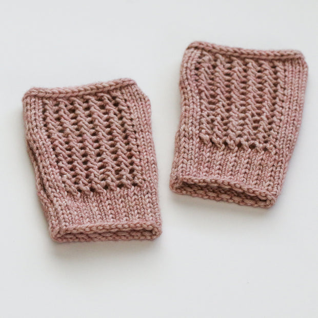 Knitted Netting Fingerless Gloves + Hat Kit