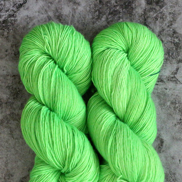 Farm Twist | Neon Lime