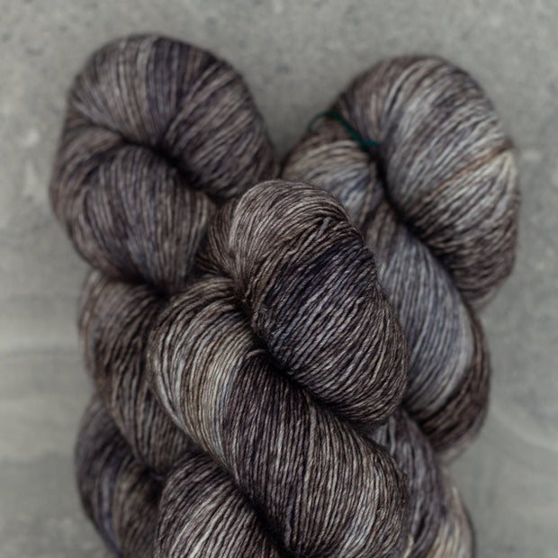 Tosh Merino Light | Pebble
