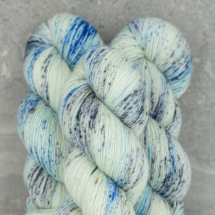 Tosh Merino Light | Stormborn
