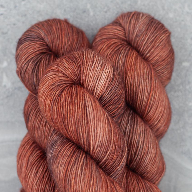 Tosh Merino Light | Subtle Flame