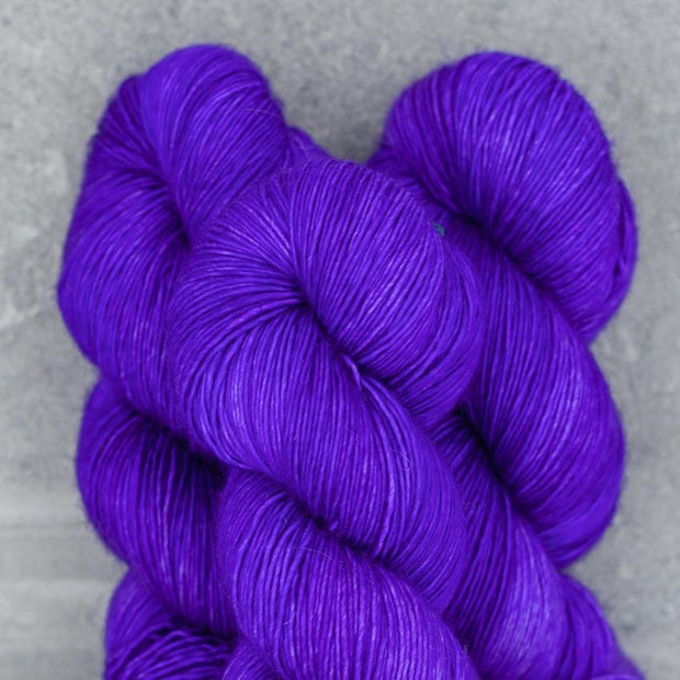 High Twist | Ultramarine Violet