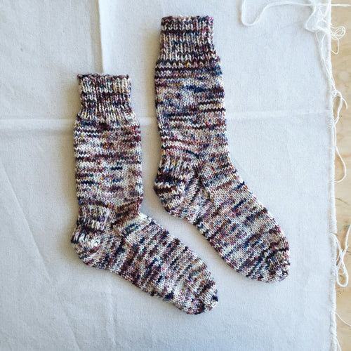 MAD | TOSH Pattern Simple Beginner Socks