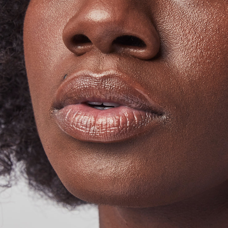 Moisturizing Lip Glossy with Shea Butter and Coconut Oil