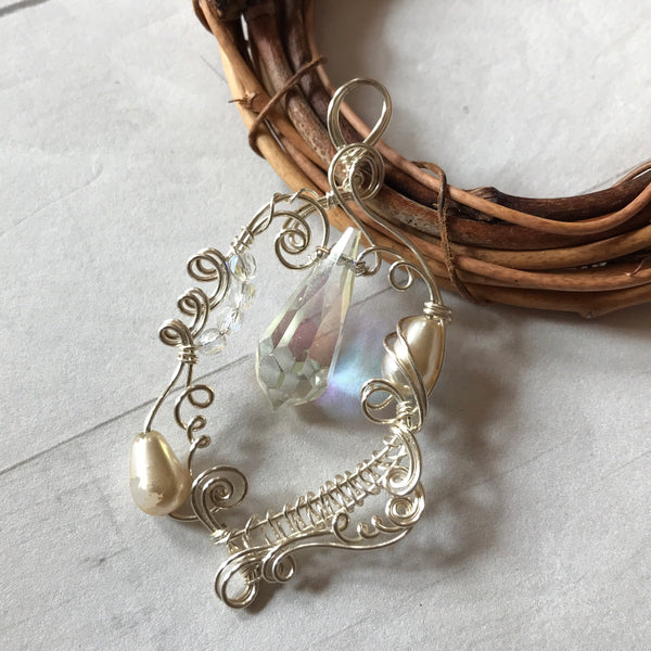Personal Collection: woven pendant with crystal