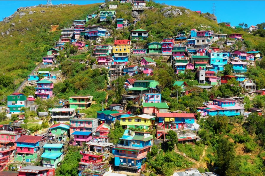 colorful homes on the a Banguet mountainside