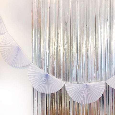 White Fan Tissue Garland