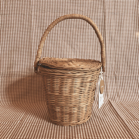 Apple Basket with Lid- Olli Ella