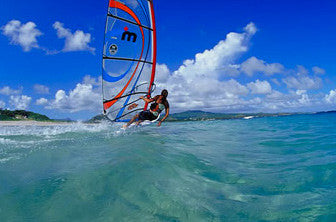 "Michael Deutschmann - Windsurfing Competitor [""...I only have positive experiences with my Q-Link. That's why i haven't put it off for a single minute. it belongs to my body.""]"