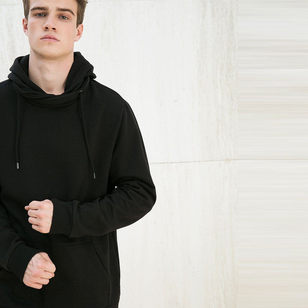 BERSHKA-black hooded sweatshirt with kangaroo pocket