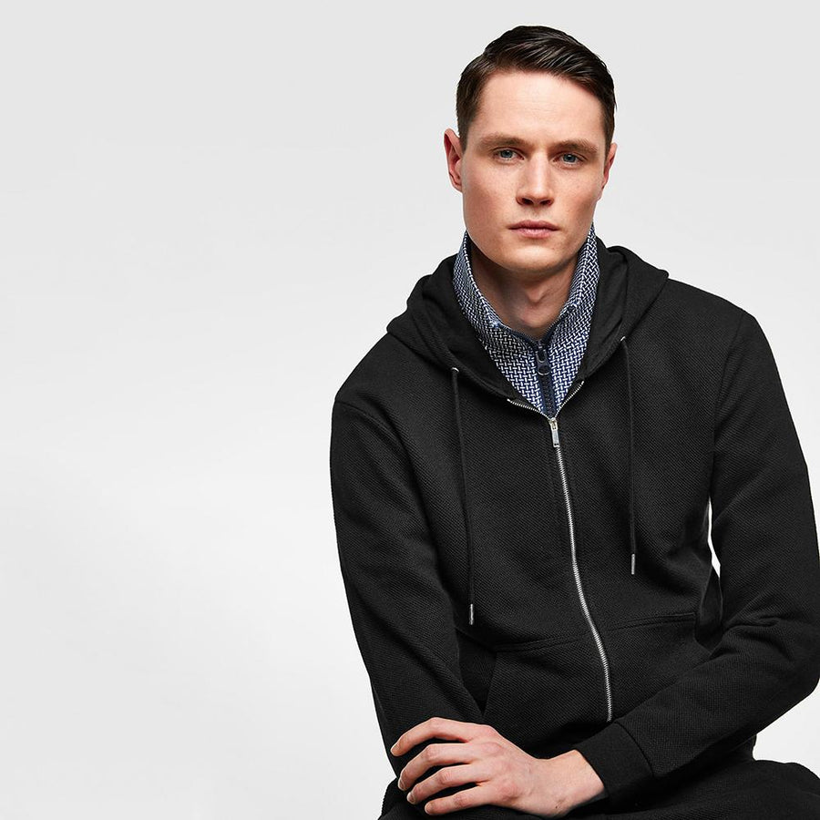 ZR-exclusive black 'slim fit' hooded sweatshirt