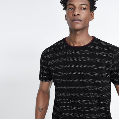 CELIO-black straight contrast collar t-shirt