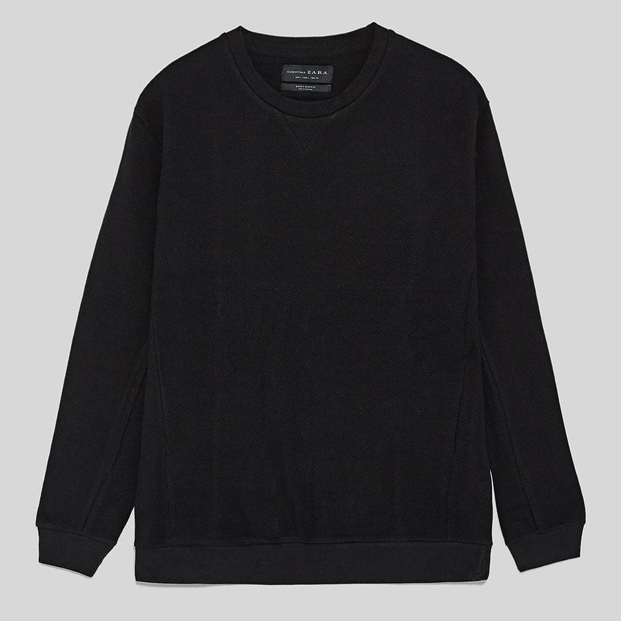 ZR-exclusive black basic sweatshirt