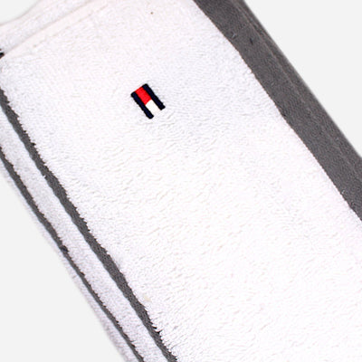 TOMMY HILFIGER-exclusive signature bath towel (27 X 52 Inches)