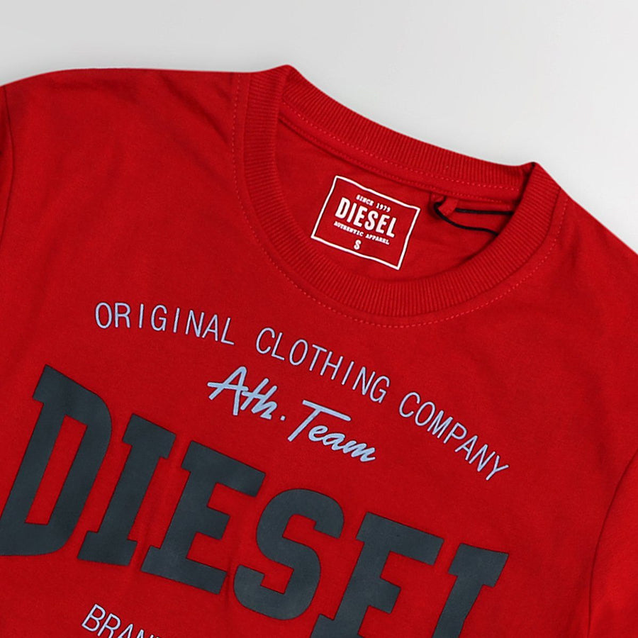 Red high density logo graphic t-shirt (937)