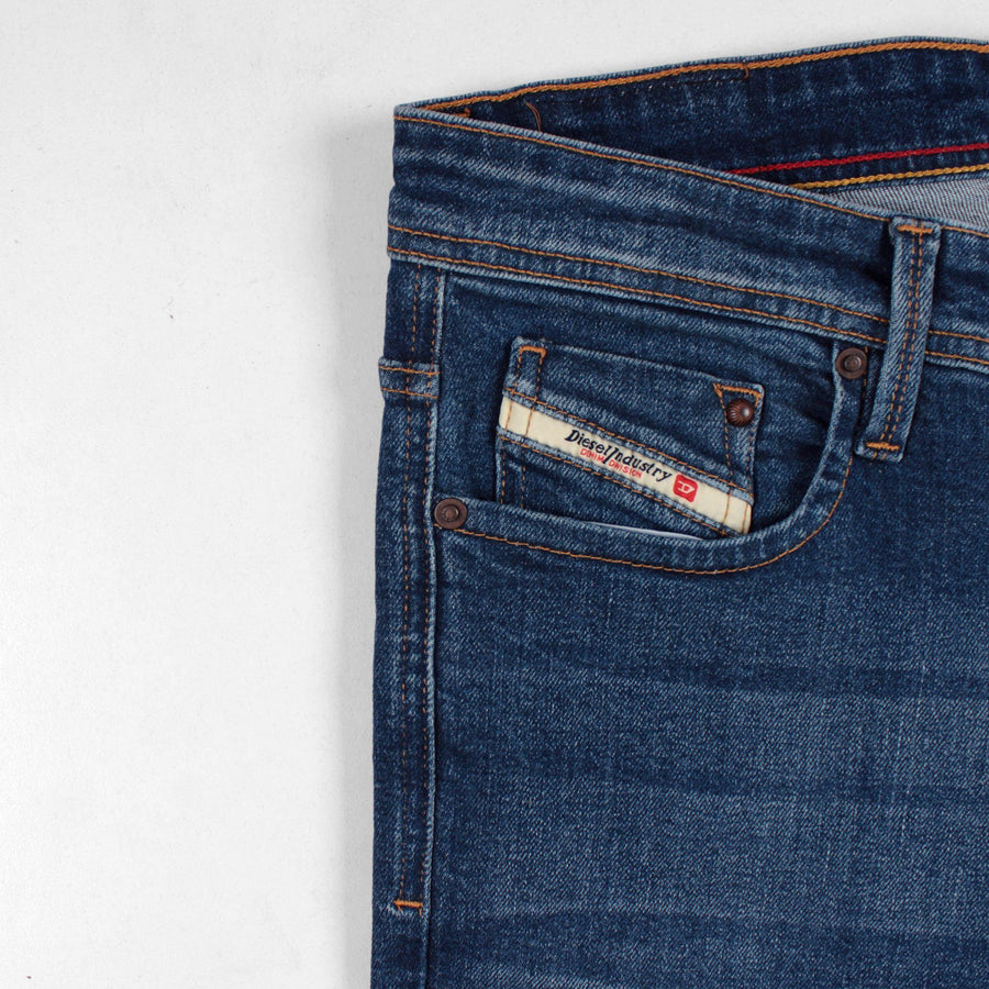 Exclusive adriano 'slim fit' stretch jeans (Premium Fabric)