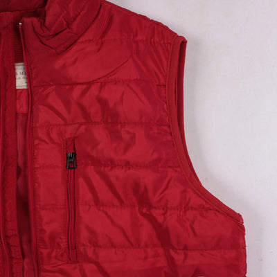 Exclusive red quilted gilet