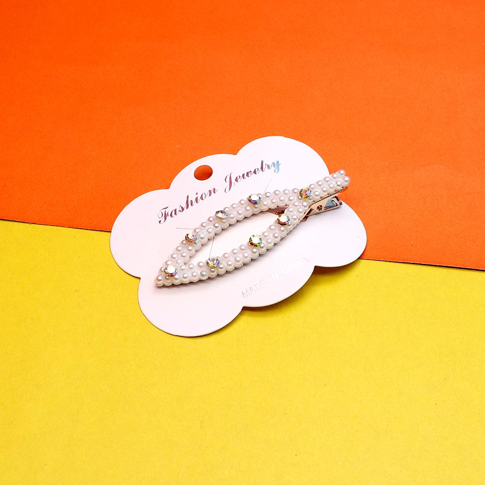 Diamante decorated pearl metal hair alligator clips