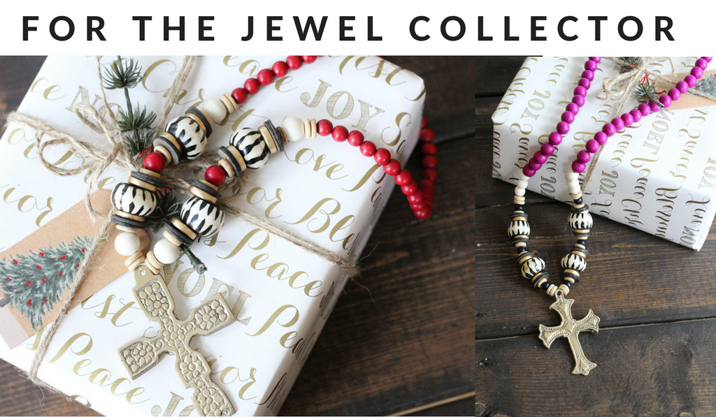 wooden beaded necklaces for the holidays