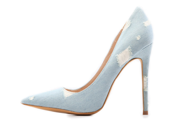Light denim pump