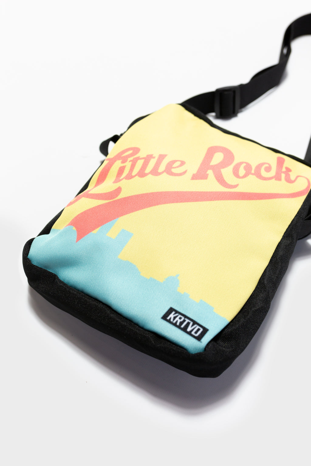 Home Run Messenger Bag (008)