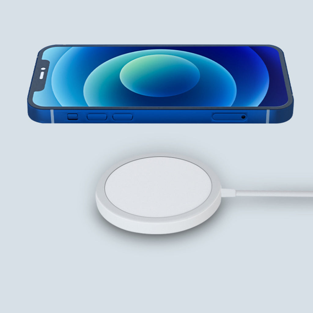 The Missing Magnetic Wireless Charger for iPhone 12