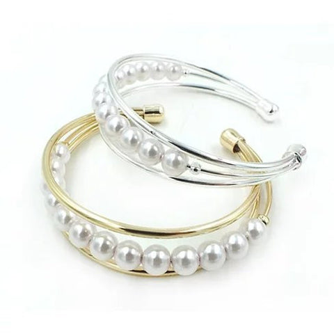 Palace Pearls Cuff Style Pearl Bracelet - VistaShops - 1