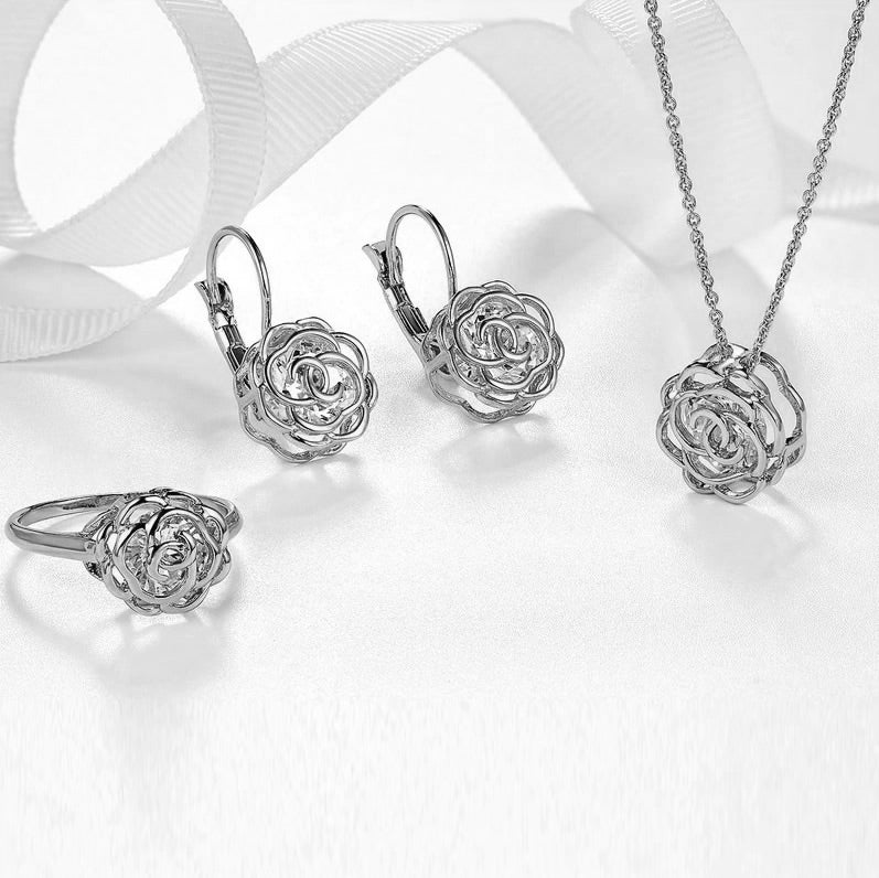 Rose Is A Rose Set Of Ring,Earrings and Pendant With Chain In 18kt Rose Crystals In White Yellow And Rose Gold Plating