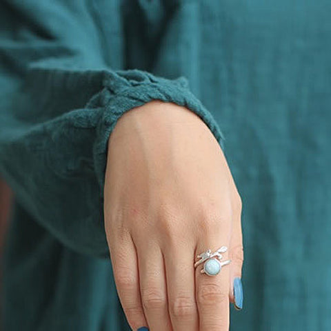 Singing Bird - The Bird with the Nest Ring - VistaShops - 4