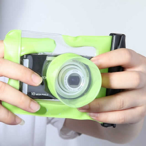 Digital Camera Waterproof Case. Let it snow! You can still be out there and take memorable pictures - VistaShops - 1