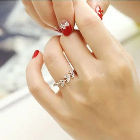 Vine and Dine Delicate Leaf Ring - VistaShops - 2