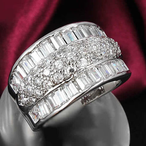 THE REGAL - Big Baguette Ring - VistaShops - 1