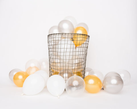 White & Metallic Mini balloons