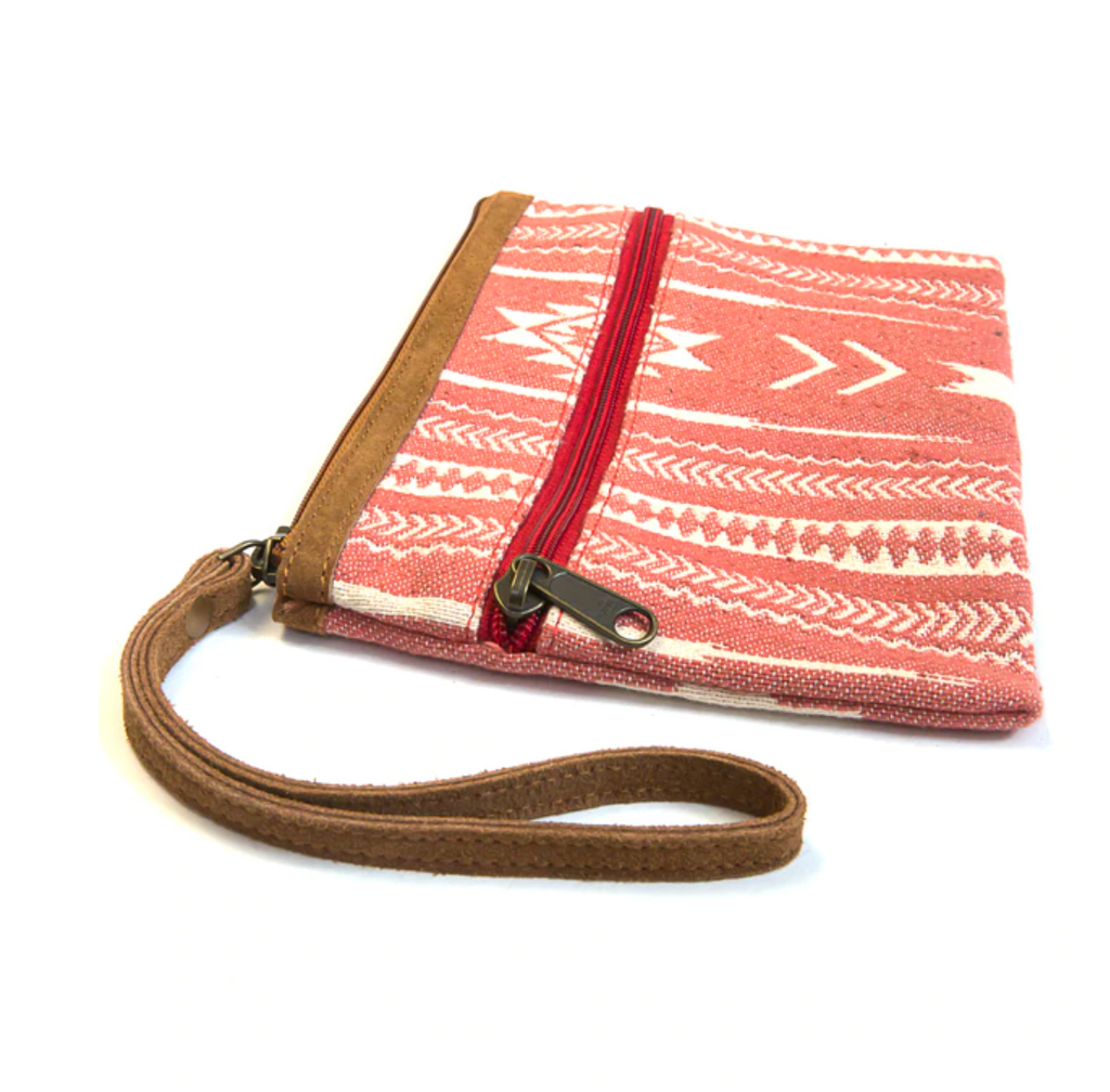 Rover Clutch - Pink