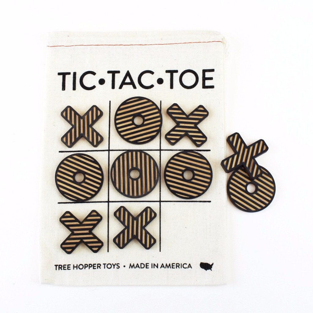Classic Tic Tac Toe - Travel Edition