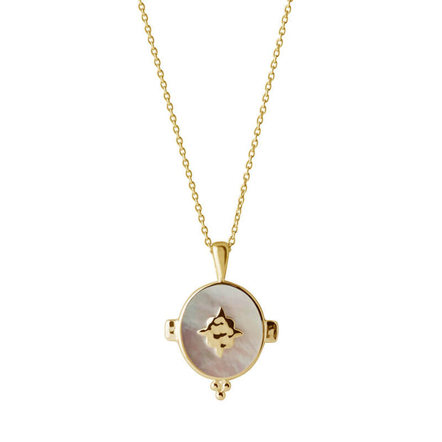 Oval Necklace with Mother of Pearl in 18kt yellow Gold