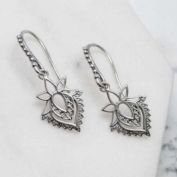 E635 - Protea Earrings